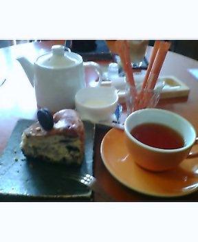 本日のカフェ部〜遠征!直島・○や〜